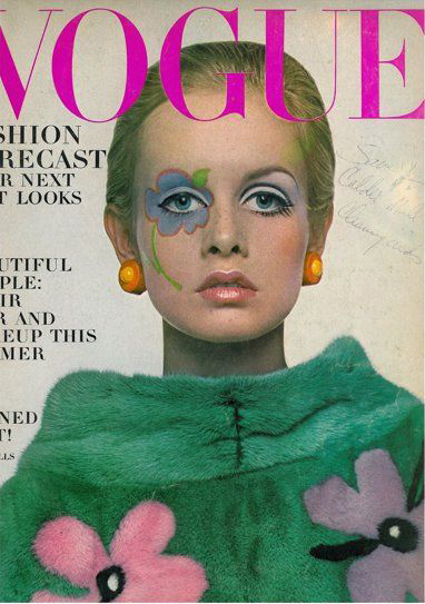 Twiggy on the cover of Vogue
